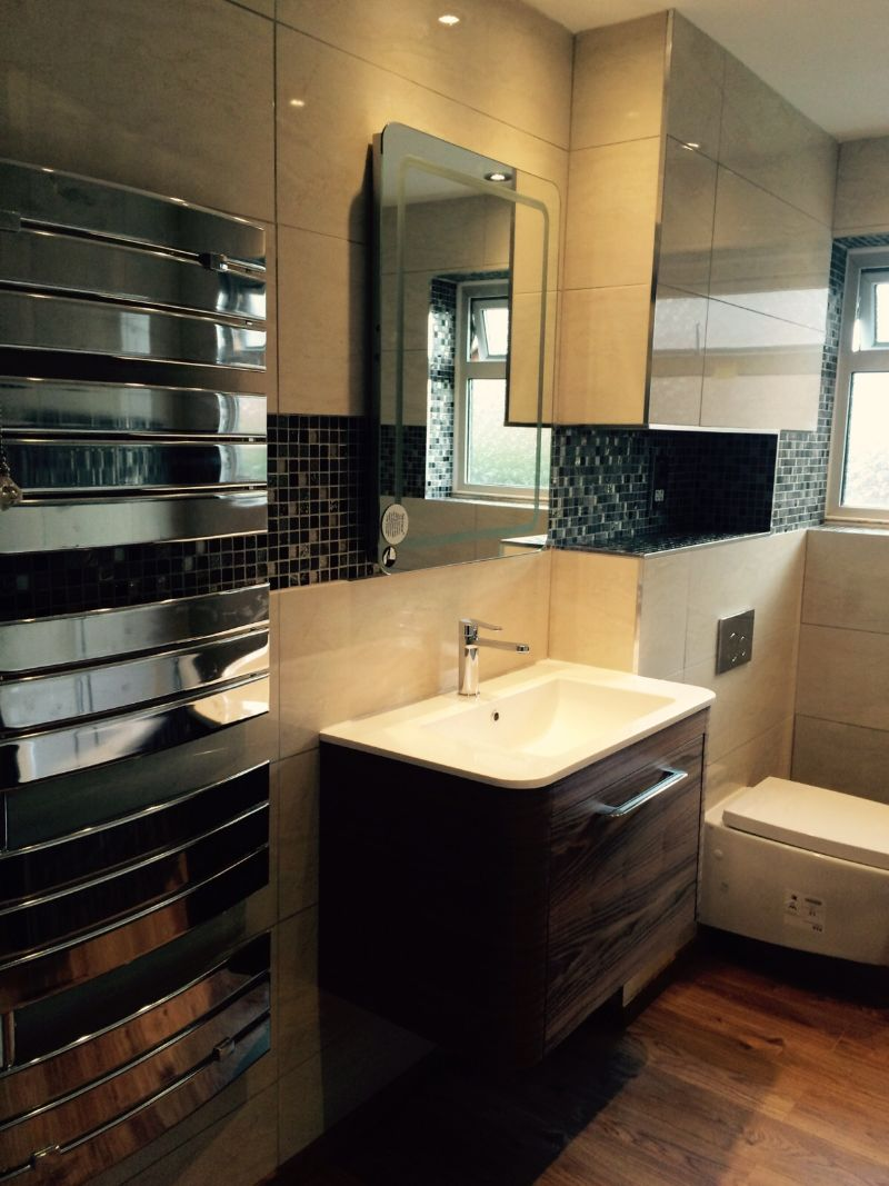 Fully Tiled Bathroom Tiling Gallery Ac Kitchens